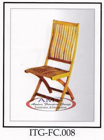 Ubas Folding Chair