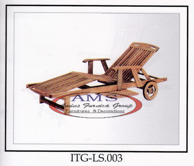 Teak Lounger With Arm